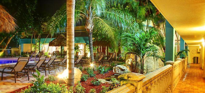 Rodeway Inn 2 Fl United States Compare Hotel Rates